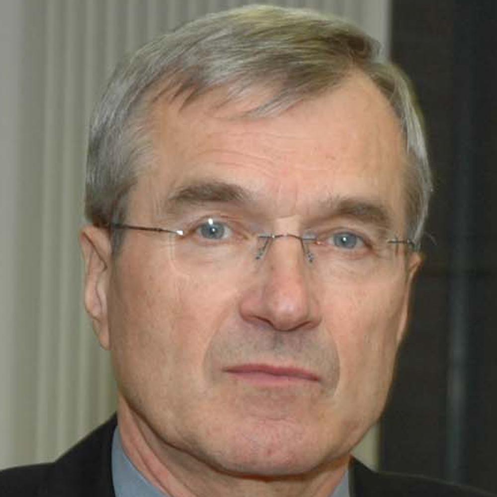 Univ.-Prof. Dr. Hermann Gehring